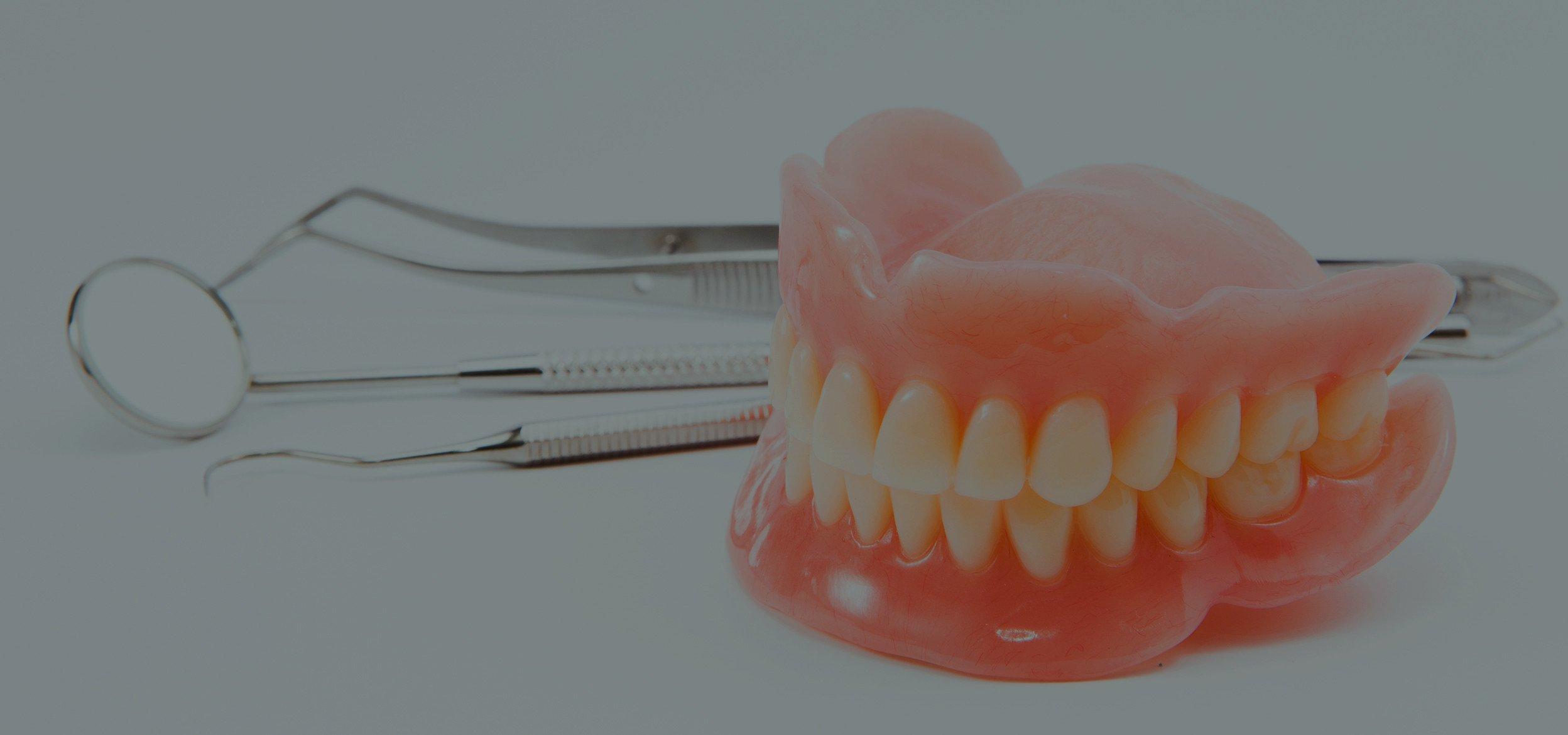 Какие зубы лучше всего вставлять